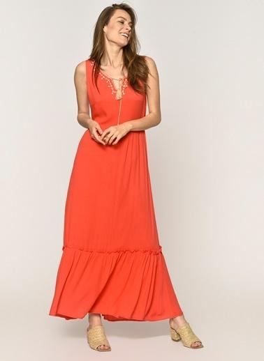 Loves You Önü Nakışlı Krinkıl Maxi Elbise Mercan